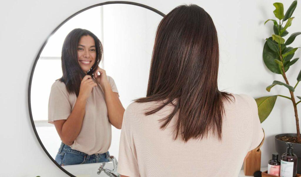 Cheveux raides shampoing sans sulfate