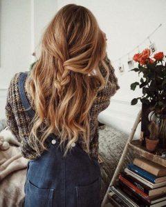 Coiffure cheveux en confinement
